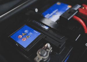 Comment recharger la batterie de sa voiture